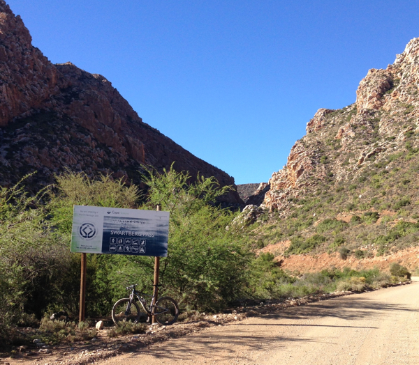 The entrance to Swartberg Pass