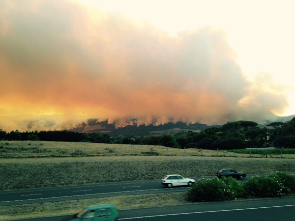 Cape Town fires (courtesy Alastair Rippon)