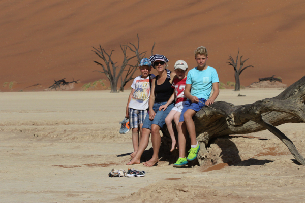 The family at Dead Vlei