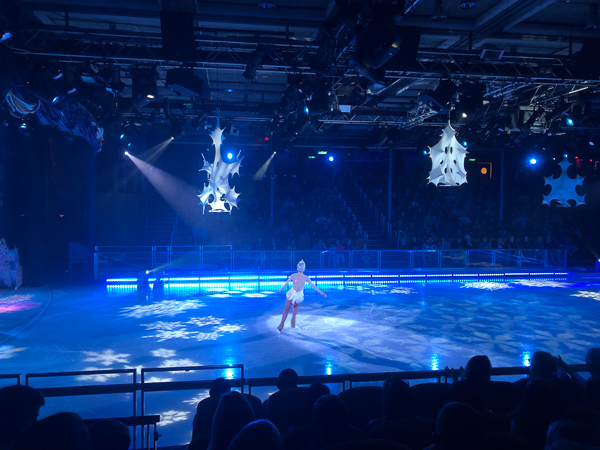 The ice show on the ship's ice rink